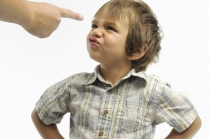 6 Easy Ways to Set Effective Boundaries For Your Kids