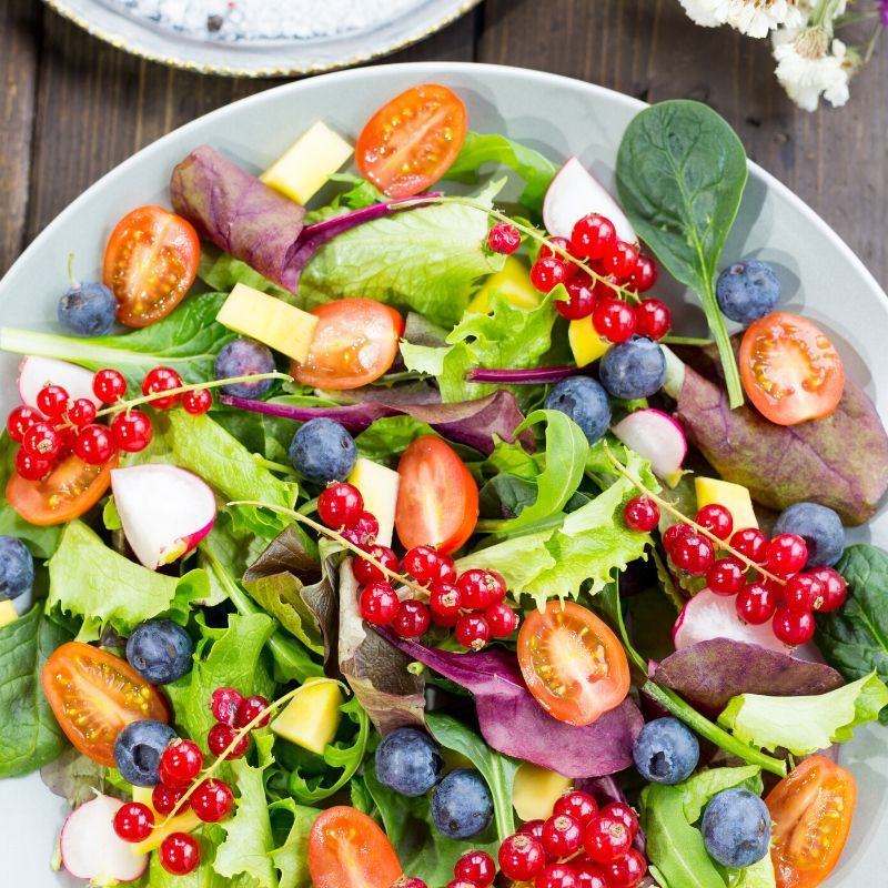 These incredible salad recipes for kids will put a smile on their faces! They will happily eat these delicious salad recipes. #salad #kids #kidfriendly #easy #best #healthy #food #recipes #breagettingfit