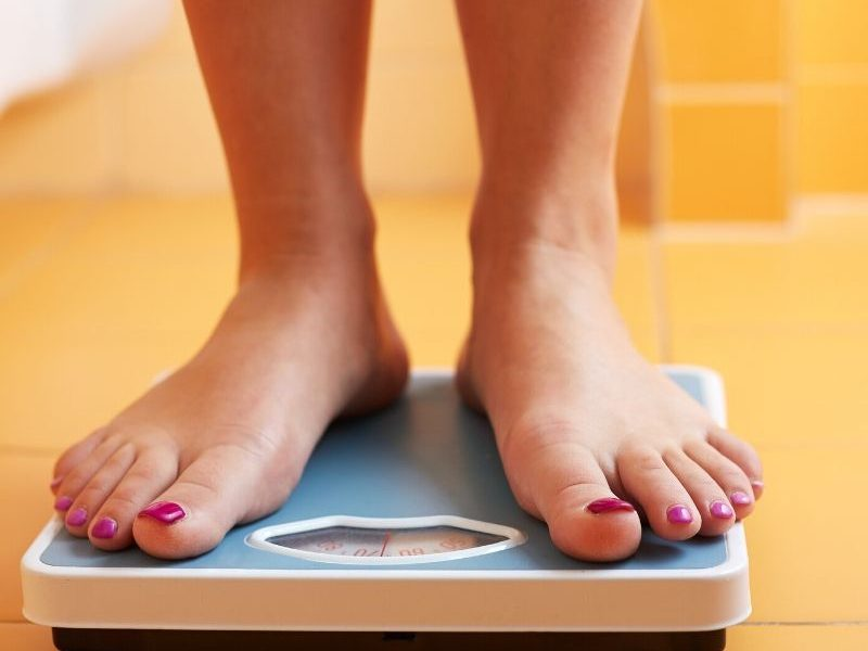 We have searched the internet for the Best Bathroom Scale for Heavy People. We have found many varieties and give you the scoop on each one. #bathroom #scale #heavy #best #breagettingfit