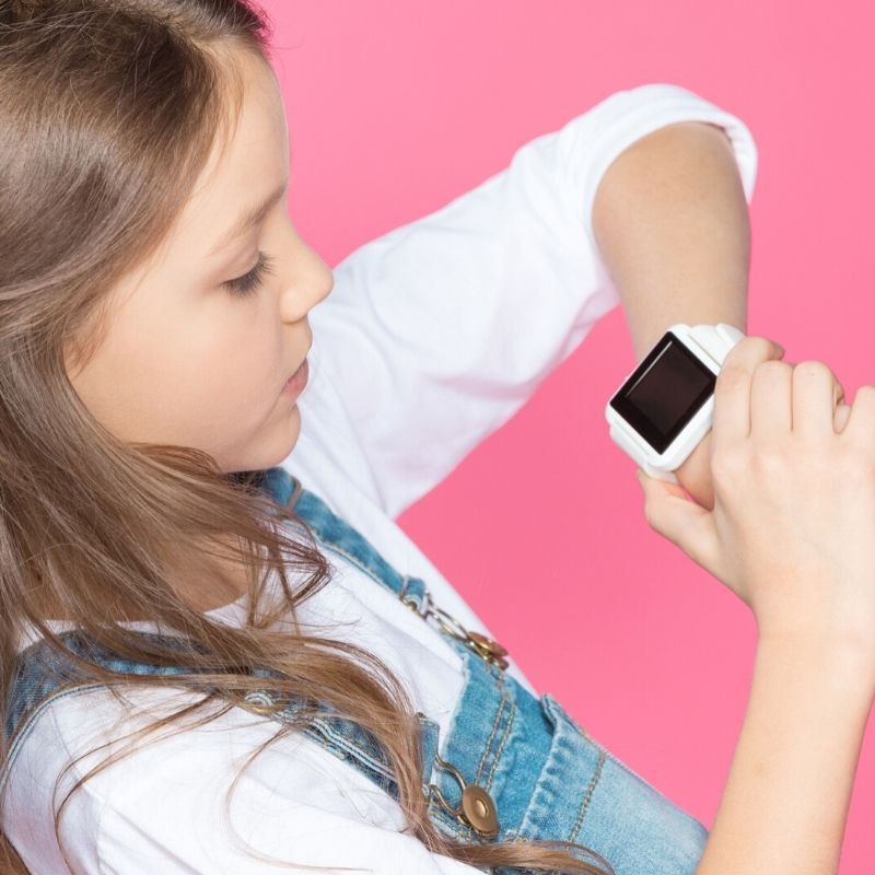Keep your children active with the Best Fitbit For Kids. This guide has everything you need to know when choosing a Fitbit. #kids #active #activekids #fitbit #exercise #breagettingfit