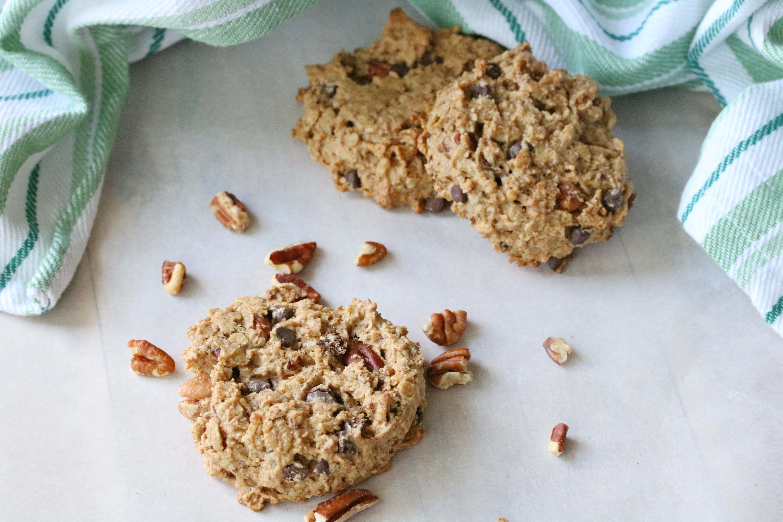 egg-free cashew pecan cookies