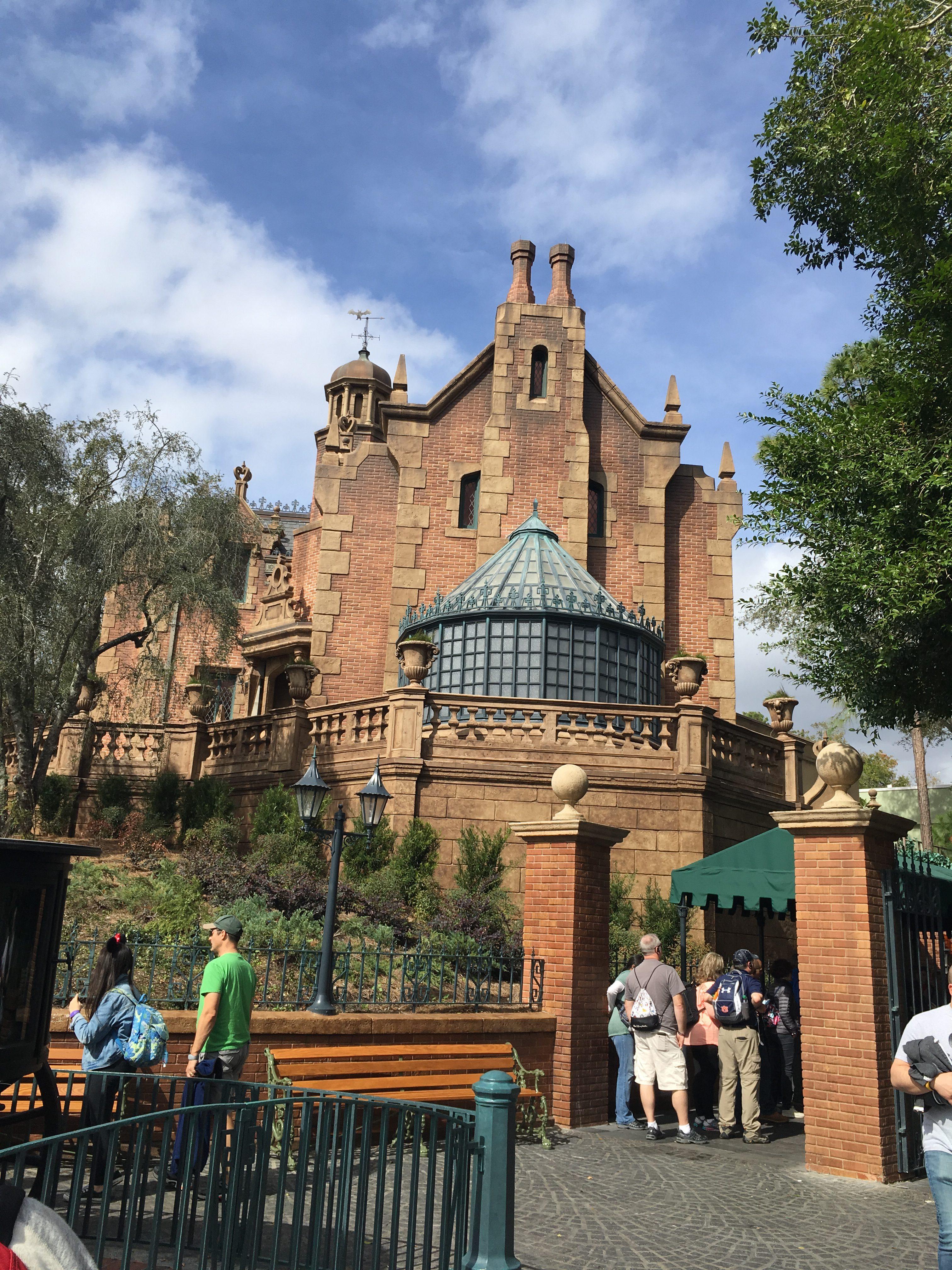 eat paleo at Disney Adventureland