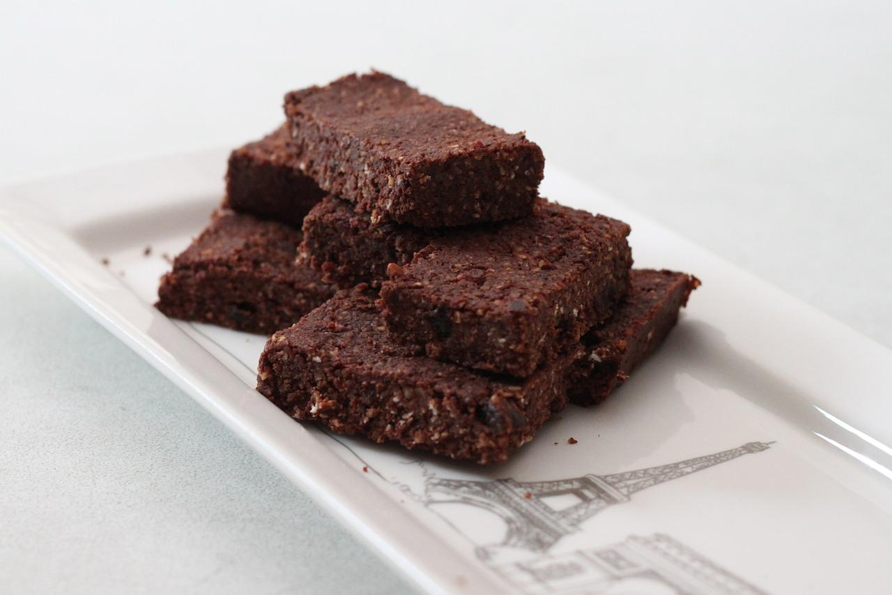 raw-brownie-bars