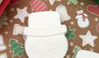 homemade snowman bath bombs